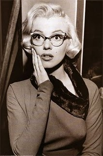 marilyn monroe gafas cat eye