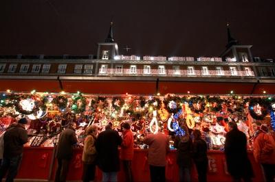 Plaza mayor de madrid motvblog - Mercado de navidad en madrid ...